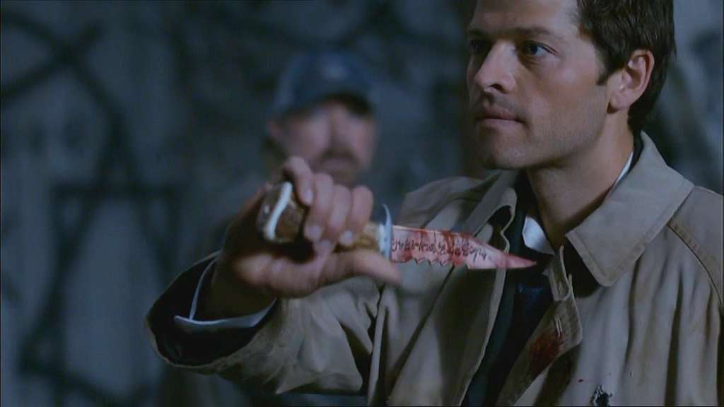 4x01_Demon_Knife_Ineffective_Castiel Lazarus Rising