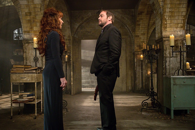 supernatural-10x14 crowley and rowena 2