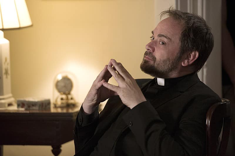 crowley papas 11x02