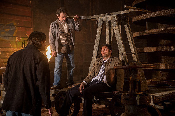 11x21 All In The Family Jared Padalecki as Sam, Curtis Armstrong as Metatron and Misha Collins as Castiel