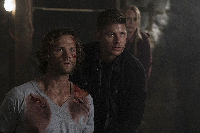 12x02-mamma-mia-jared-padalecki-as-sam-samantha-smith-as-mary-winchester-and-jensen-ackles-as-dean