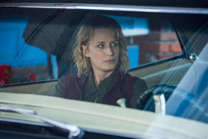 12x03-the-foundry-samantha-smith-as-mary-winchester-impala